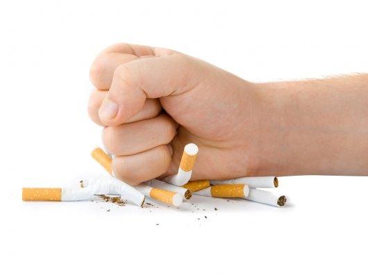 فشارهای عصبی گرایش به اعتیاد را تشدید می کند/ دخانیات راهکاری موقتی برای آرامش نسبی