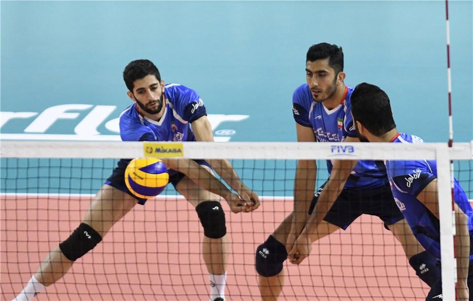 کانادا 2 - 1 ایران / گزارش لحظه به لحظه دیدار والیبال ایران و کانادا