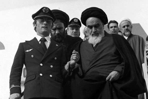 زندگی انقلابیترین مرد جهان؛ از خمین تا جماران