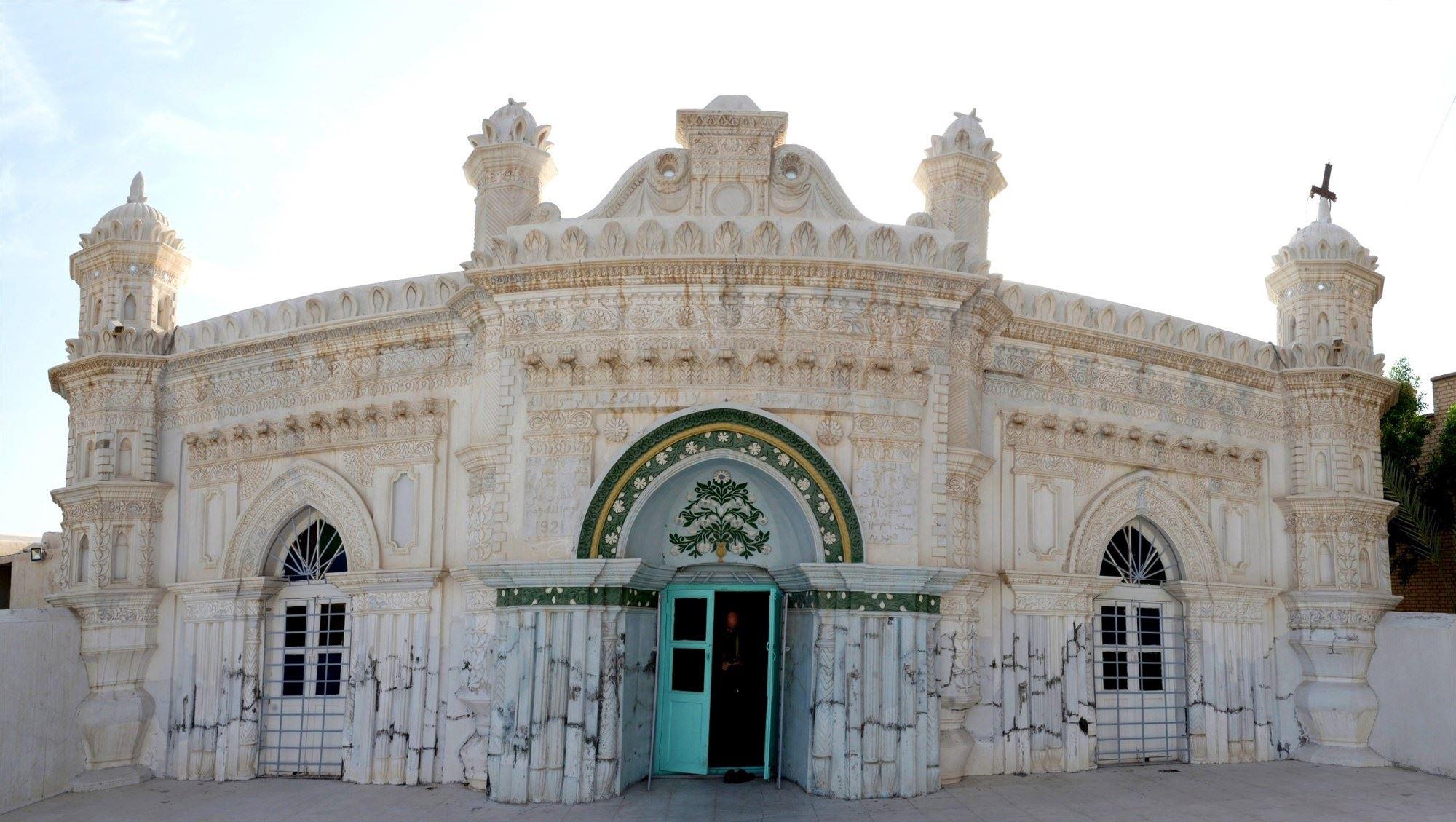 موزهای تاریخی در دل زیباترین مسجد جنوب ایران + تصاویر
