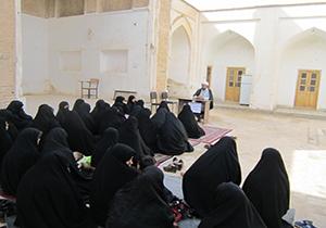 برگزاری نشستهای تخصصی دینی در کبودراهنگ