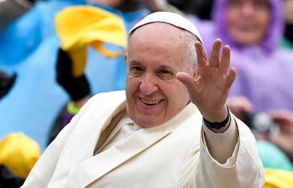 ۱۰ حقیقت جالب درباره زندگی پاپ که شاید نمیدانید