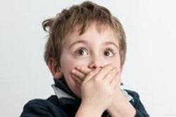 نقش استرس بر لکنت زبان کودکان