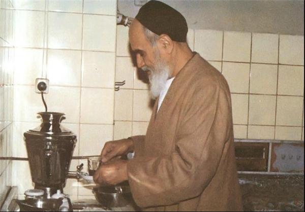 تصویر جعلی که این روزها به امام منتسب میکنند+سند
