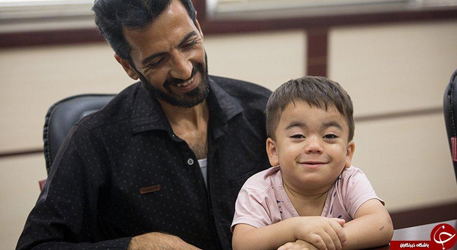گفتوگوی خواندنی با پدر کودک مشهور روز خونین بهارستان