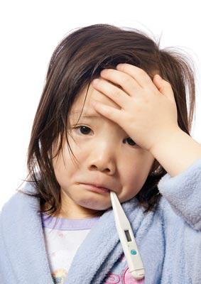 راهکارهایی ویژه برای پایین آوردن تب کودکان