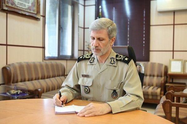وزیر دفاع درگذشت برادر «سردار فرحی» را تسلیت گفت
