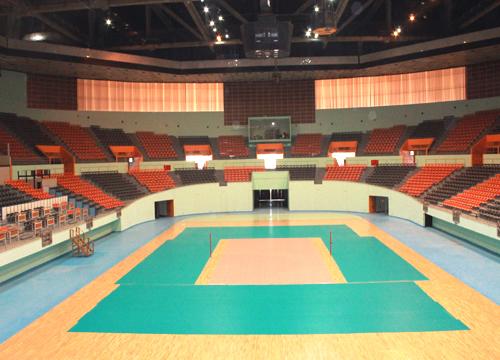ماجرای سوراخهای سقف ورزشگاه آزادی و لیگ ملتهای والیبال