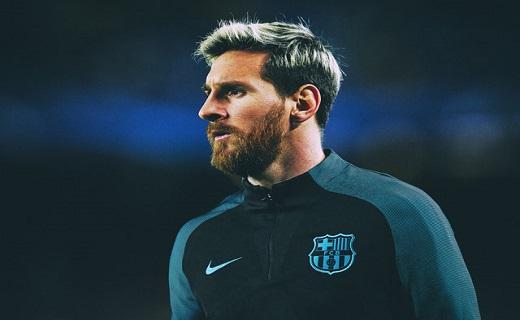 فوتبالیست مشهور جایزه فردی دیگری را تصاحب کرد