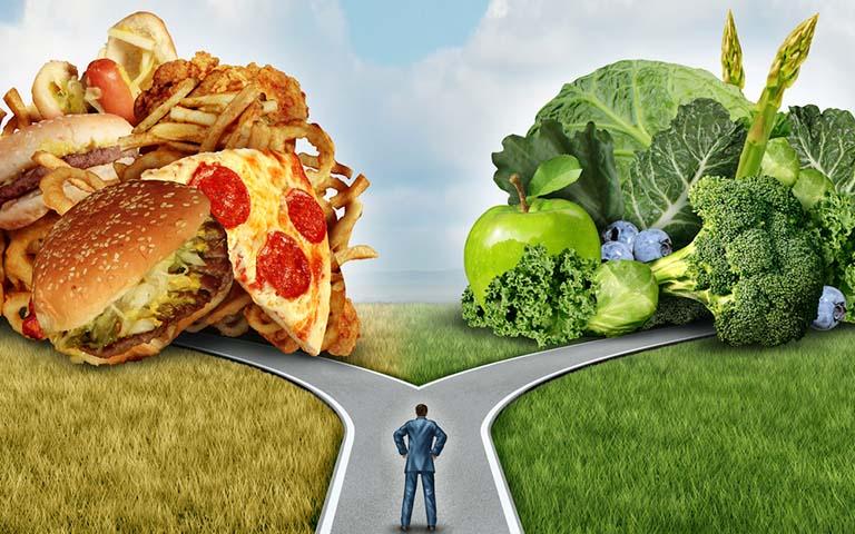 برای اینکه بدنی سالم داشته باشید دور این غذاها را خط بکشید