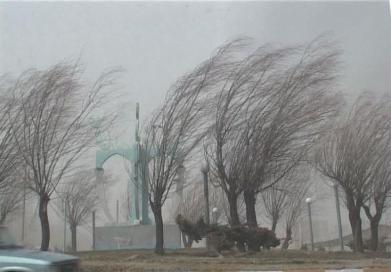 سرعت باد در استان قزوین به ۸۰ کیلومتر بر ساعت رسید