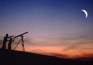 اعزام تیم های استهلال ماه به ارتفاعات استان
