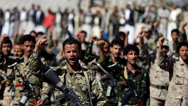 درگیری گسترده در حدیده/ تلاش ائتلاف سعودی برای تسلط بر این شهر بندری
