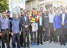 دونده رکورد دار آسیا به همدان بازگشت