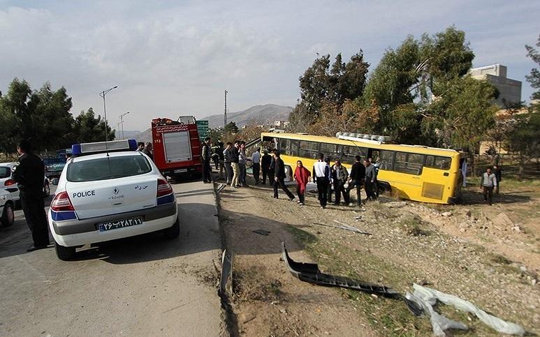 مسافران اتوبوس شهری  روانه بیمارستان شدند