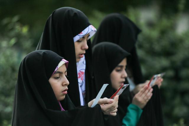 برگزاری پویش های دانش آموزی در حاشیه نماز عید فطر