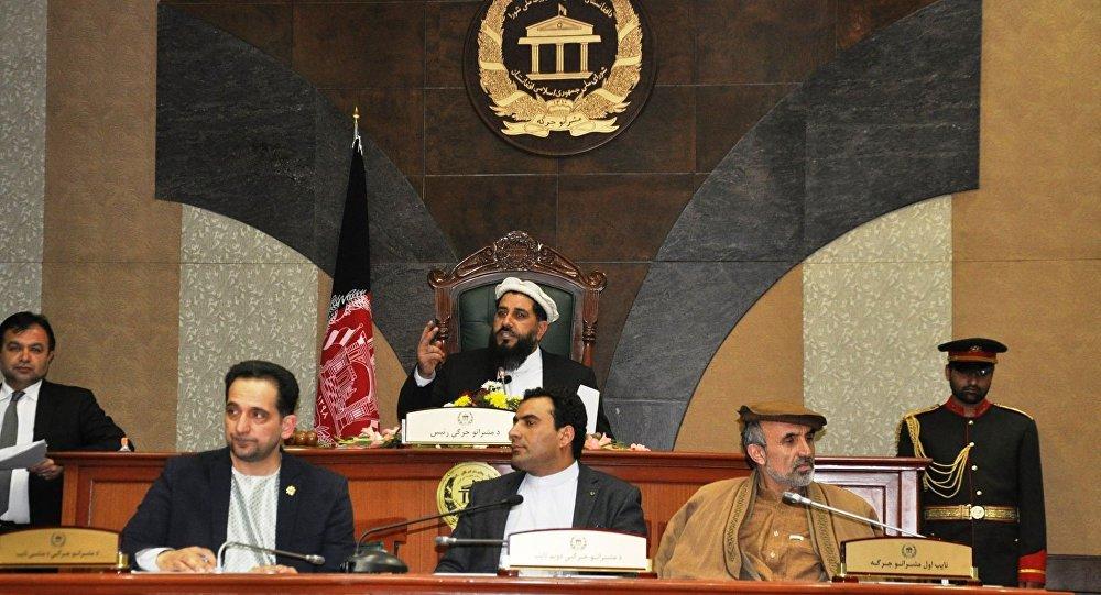 واکنش سنای افغانستان به درخواست طالبان برای مذاکره مستقیم با آمریکا