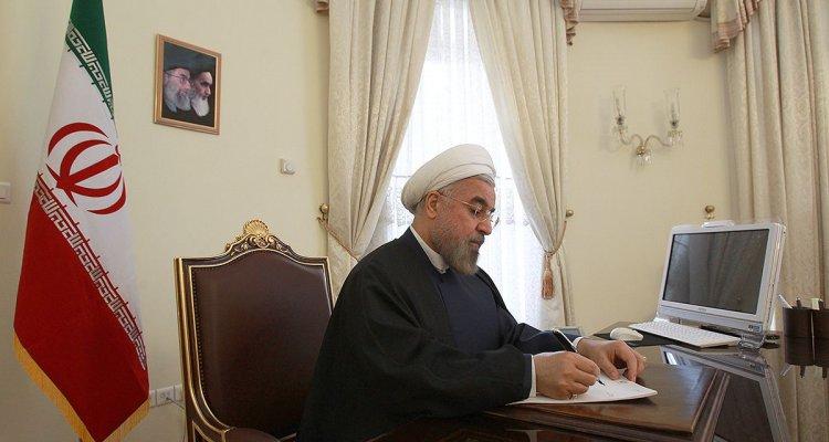روحانی در پیامهای جداگانهای به سران کشورهای اسلامی عید سعید فطر را تبریک گفت