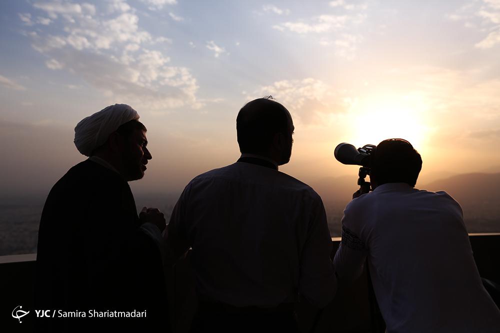 امشب هلال شوال به روزه داران لبخند میزند/ ایرانیها در این شهرها به آسمان چشم بدوزند