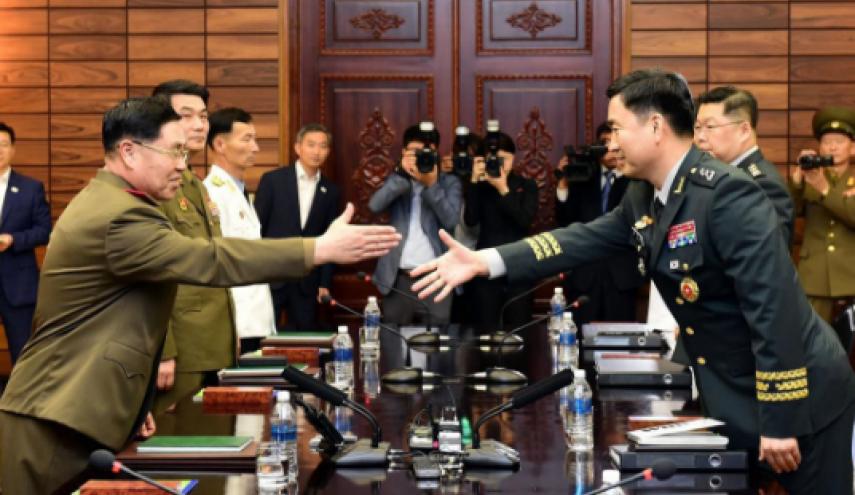 دیدار فرماندهان نظامی ارشد دو کره با یکدیگر