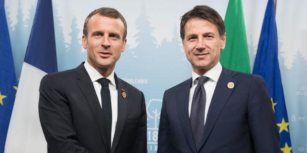 گفتگوی تلفنی رییس جمهور فرانسه با نخست وزیر ایتالیا