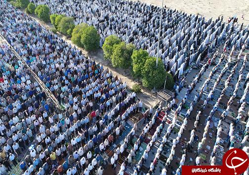 برپایی نماز عید سعید فطر در سراسر فارس/نماز عید فطر به علت ازدحام جمعیت ۲ بار اقامه شد+تصاویر