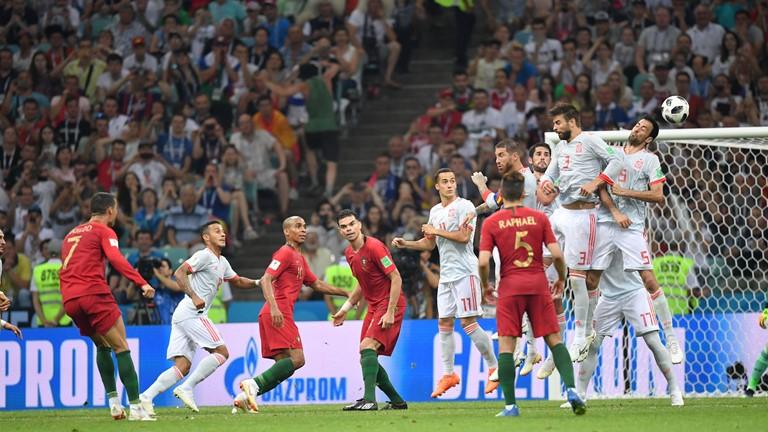 پرتغال 3 - اسپانیا 3/هت تریک رونالدو، ایران را صدرنشین گروه کرد