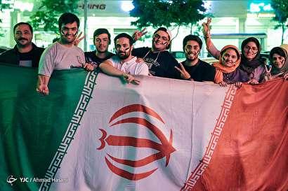 باشگاه خبرنگاران -شادی مردم مشهد پس از پیروزی تیم ملی فوتبال مقابل مراکش
