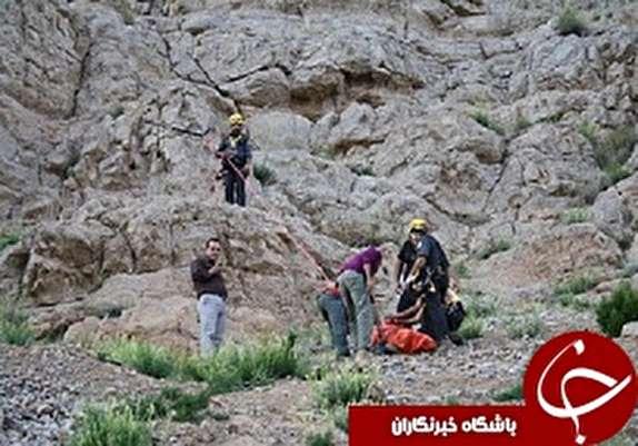 باشگاه خبرنگاران -جان باختن کوهنورد لرستانی براثر سقوط از ارتفاعات گرین نهاوند