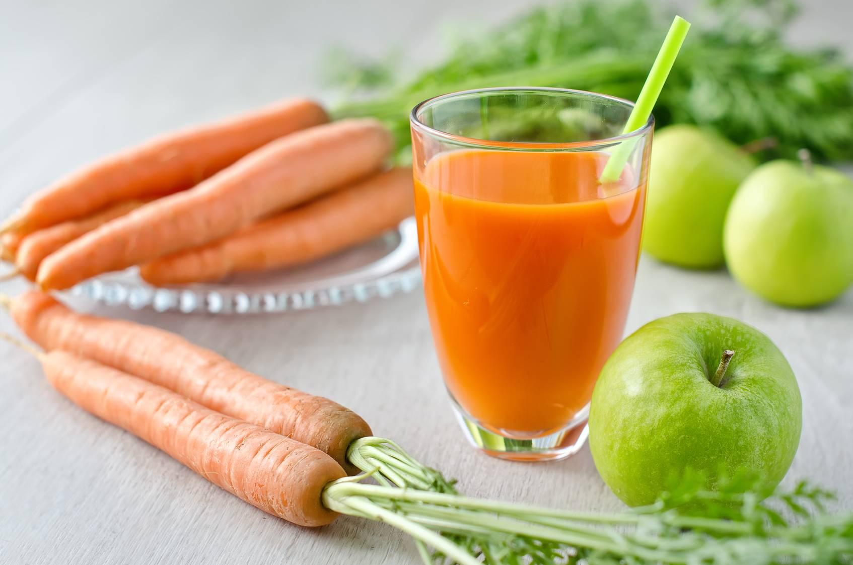 ۷ نوشیدنی برای درمان آکنه و جوشهای پوستی