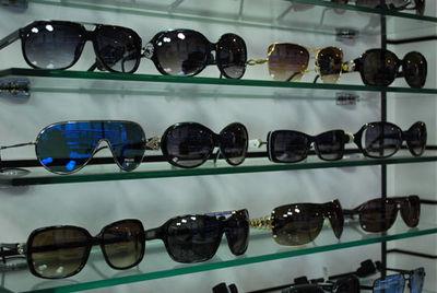 آسیب های هولناکی که عینک های آفتابی تقلبی به چشم وارد می کند