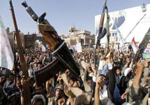 مبارزان یمنی کنترل چند پایگاه مزدوران سعودی را به دست گرفتند/ قطع خطوط امداد ائتلاف سعودی در ساحل غربی