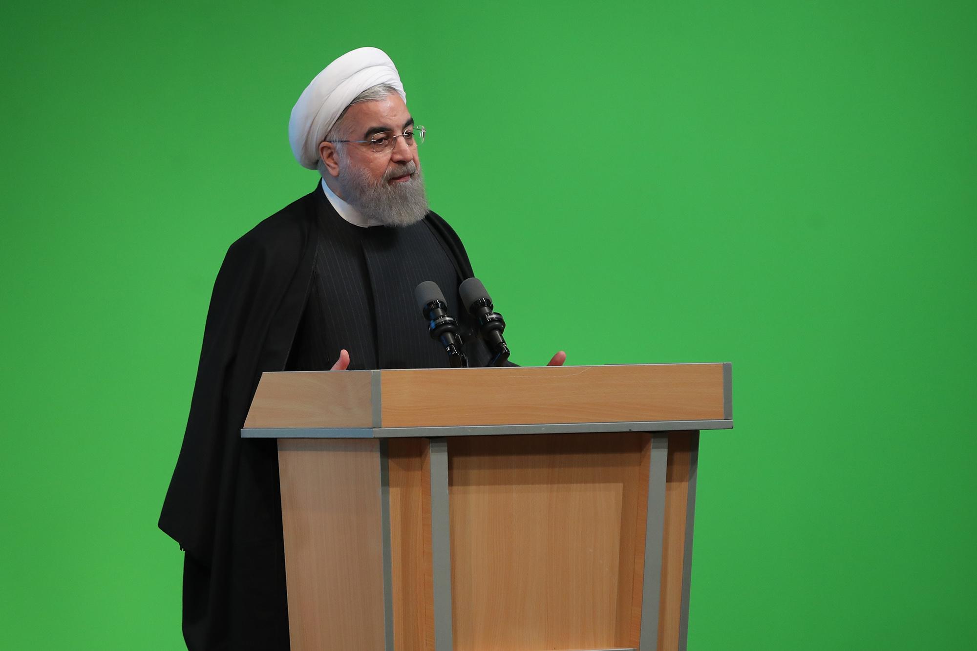 قطار روحانی به ایستگاه تغییر رسید!