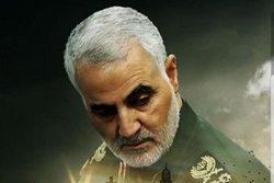 واکنش سردار سلیمانی به شعرخوانی میثم مطیعی در عید فطر +فیلم