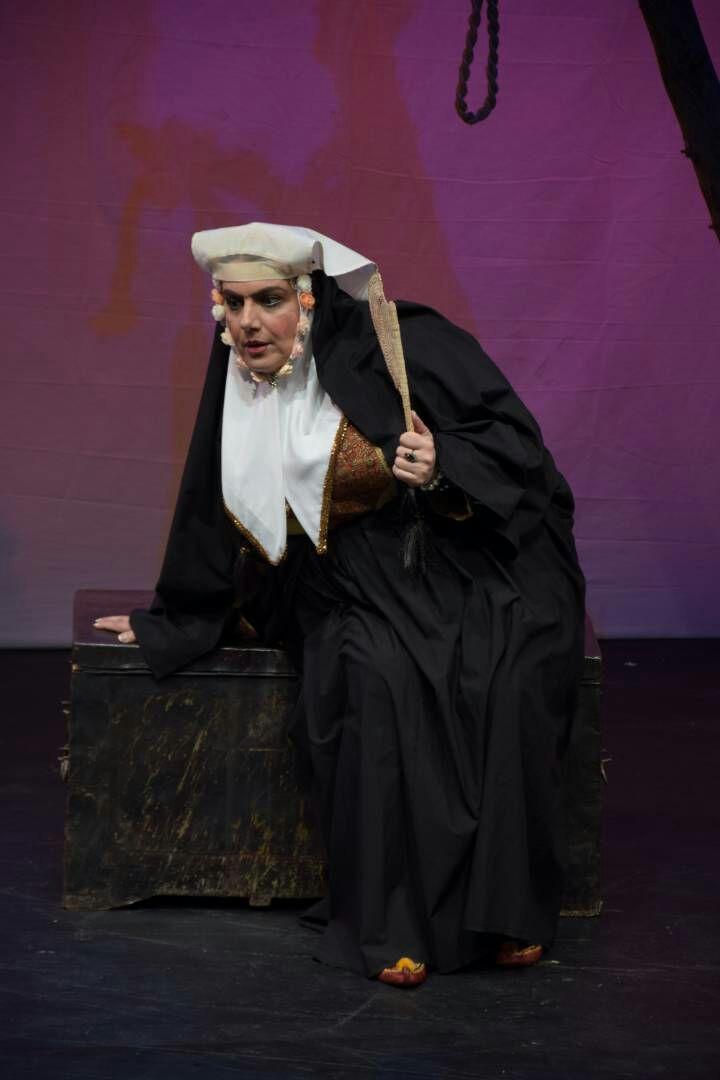 امروزه تئاتر با از دست دادن تماشاگر حرفهای فاقد ارزشهای اصیل گذشته شده است