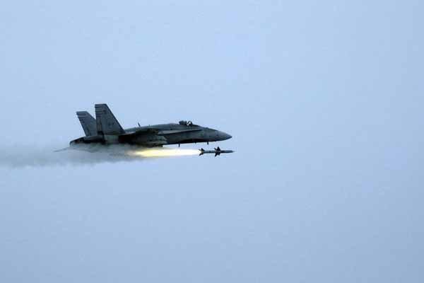 آمریکا به مواضع ارتش سوریه در دیرالزور حمله کرد+جزئیات