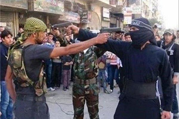 تروریستها در حومه غربی «درعا» با یکدیگر درگیر شدند