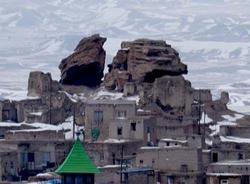 روستایی که برای مقابله با دشمنان ساخته شد + تصاویر