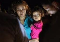 عکسی دلخراش از یک کودک مهاجر که به نماد سیاست ضدمهاجرتی آمریکا تبدیل شد