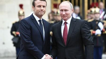 امضای توافقنامه همکاریهای اقتصادی میان روسیه و فرانسه