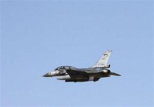 لحظه انهدام پایگاه تروریستهای داعش در سوریه توسط جنگنده + فیلم