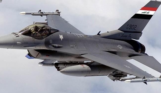 جنگندههای عراقی یکی از مقرهای داعش در سوریه را هدف قرار دادند