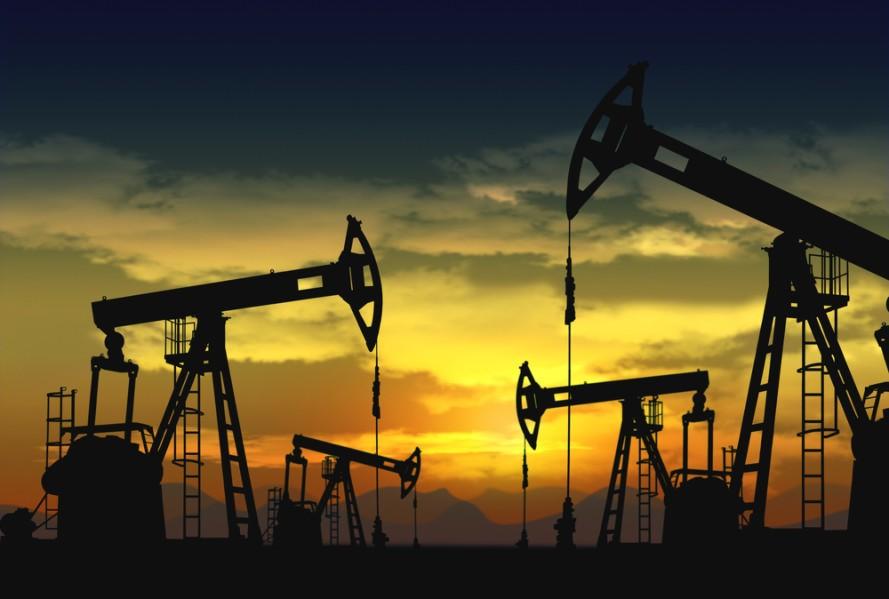 تلاش عربستان و روسیه برای کنترل قیمت نفت