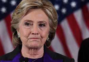 کلینتون: دموکراسی در آمریکا با تهدید جدی مواجه است