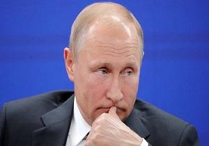 پوتین: انگلیس مسئولیت اشتباهات مرگبار خود را متوجه روسیه میداند