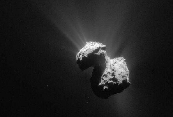 کشف راز تشکیل سیاره پلوتو/ سیاره ای از جنس ستاره های دنباله دار!