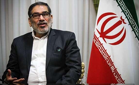 شمخانی: راهبرد آمریکا علیه ایران بیشتر شبیه عربدهکشی است/ سیاستهایمان در منطقه را هرگز تغییر نخواهیم داد,