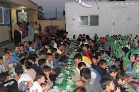 باشگاه خبرنگاران -برپایی مراسم افطاری برای کودکان کار در فرهنگسرای مهر