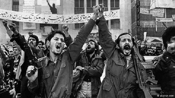 حمایت از منافقین در دالان های کاخ سفید/جان بولتون و منافقین در رویای جشن در خیابان های تهران/ هزار اشرف در رویای مریم قجر عضدانلو