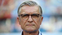 سرمربی تیم ملی فوتبال لهستان استعفا داد